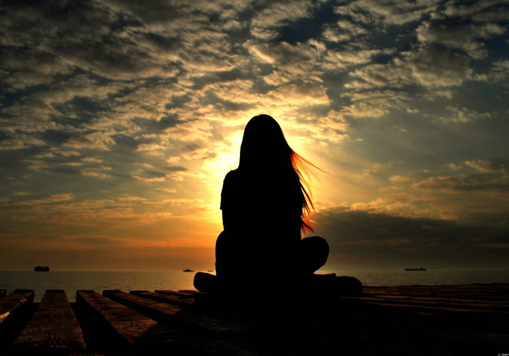 sunrise-meditation-girl