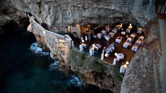 Cave-restaurant-1024x576